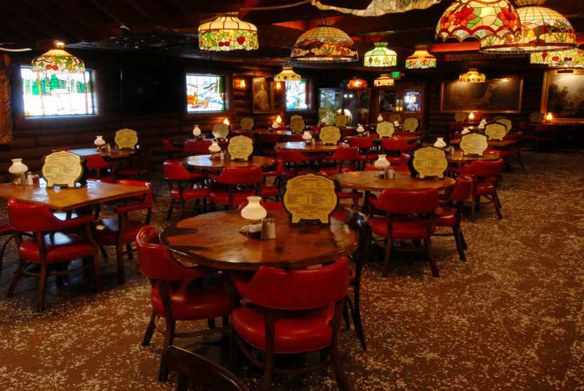 San Gabriel Restaurant open dining room